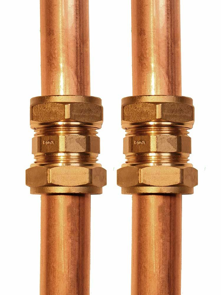 Two Flowflex Compression Straight Couplers assembled on a pipe